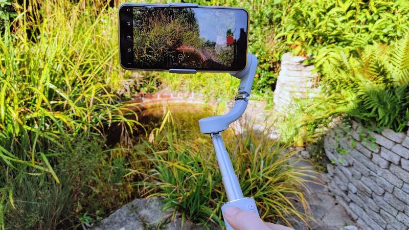 dji om 5 review بررسی اوزمو موبایل 5 از دامزیک 4